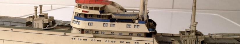 Karton-/Papiermodellbau