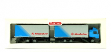 Wiking 59901 (1:87) – Wechselkoffer-Zentralachsanhängerzug Kässbohrer