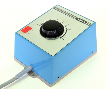 Trix 56 5579 00 – Transformator mit Fahrregler, 2 x 14 VA, prim. 220 V ~