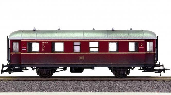 Sachsenmodelle 74610 – Beiwagen VB 140 zum VT 70 der DB, patiniert