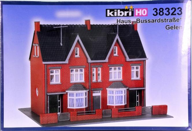 Kibri 38323 – Bausatz Haus Bussardstrasse Gelen