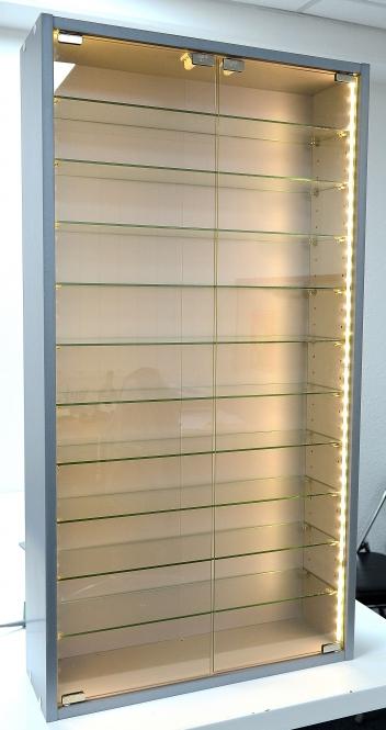 Hochwertige Modellbahn Vitrine für HO / N / Z, LED-Licht