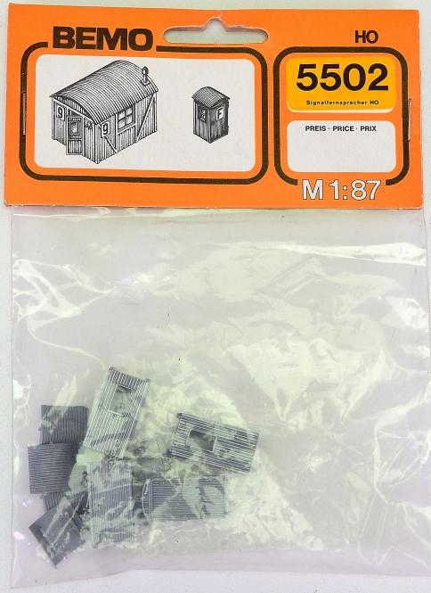 Bemo 5502 (H0) – Bausatz 4 Signalfernsprecher
