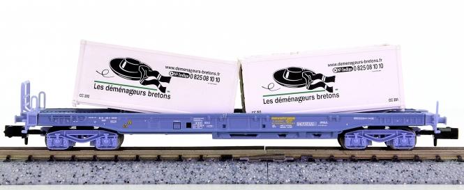 Trix 15637-02 (N) – Einheitstaschenwagen der SNCF, beladen