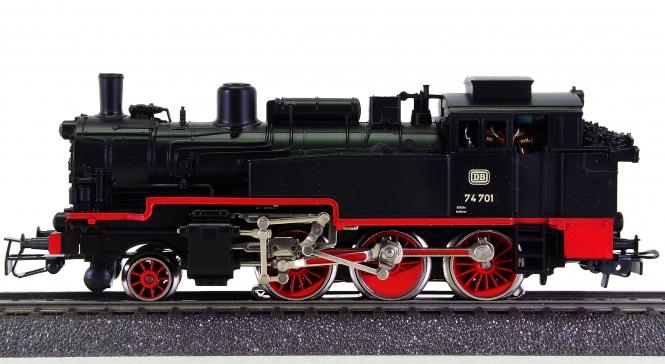 Märklin 3095 – Tenderdampflok BR 74 der DB