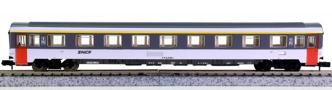 Arnold 3774 – 1. Klasse Eurofima-Reisezugwagen der SNCF, Innenbeleuchtung