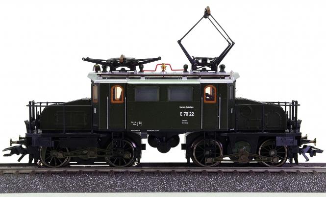Märklin 37482 – Güterzug-Elektrolok BR E70.2 der DB, digital (mfx)