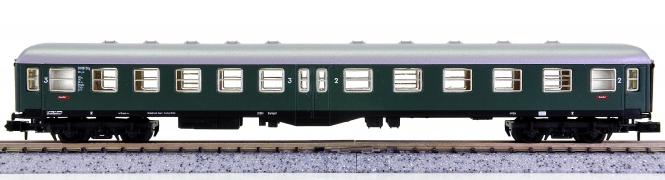 Arnold 3270 – 2. Klasse Mitteleinstiegswagen der DB