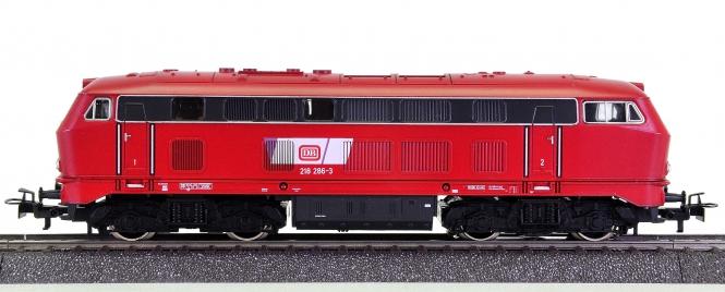 Märklin 3019 – Mehrzweck-Diesellokomotive BR 218 der DB