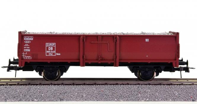 Roco – Hochbordwagen der DB, mit Schotter (Imitat) beladen