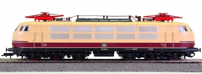 Fleischmann 437602 – Schnellzug-Elektrolok BR 103 der DB