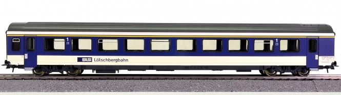 Roco 67835 – 2. Klasse Großraum-Schnellzugwagen EW IV der BLS