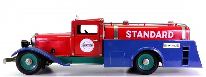 Märklin 1993 (1:16) – Tankwagen STANDARD Esso, Metall-Modell