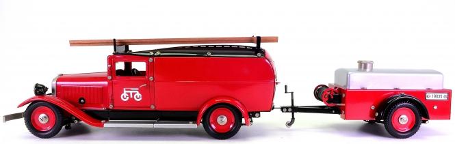 Märklin 19035 (1:16) – Feuerwehr mit Löschanhänger, Metall-Modell