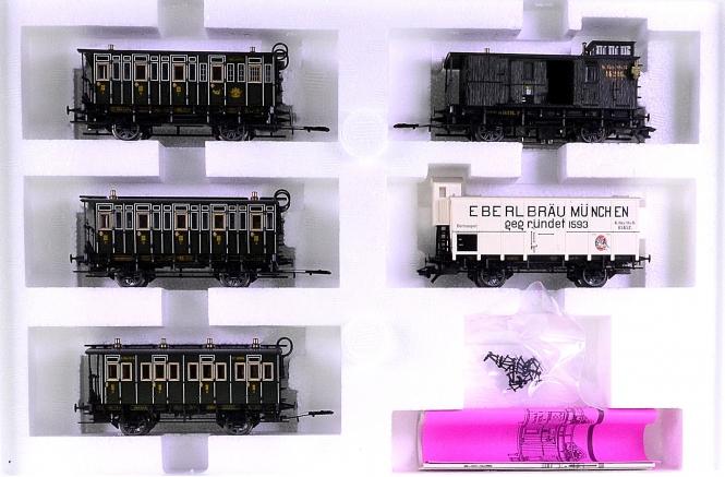 Märklin 43982 – 5-tlg. Wagen-Set der K.Bay.Sts.B., Innenbeleuchtung