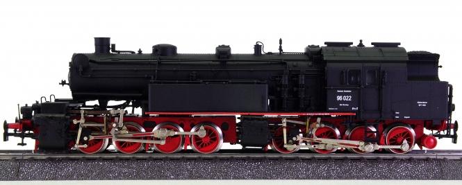 Rivarossi 1004 (AC) – Güterzug-Tender-Dampflok Mallet BR 96 der DRG