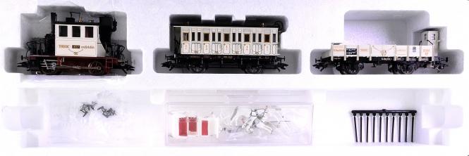 Märklin 28970 – 3-tlg. Hochzeits-Zug mit BR 98.3, digital (Delta)