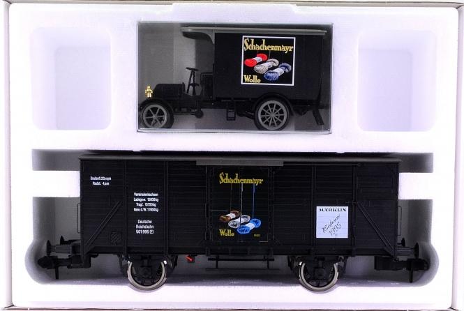 Märklin 85895 (Spur 1) – ged. Güterwagen mit Lkw als Märklin-Museumswagen 1995