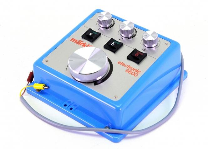Märklin 6600 – Elektronik-Fahrpult mit Pendelzugsteuerung