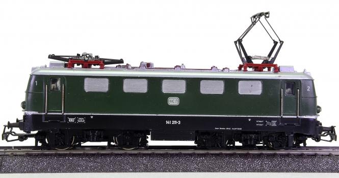 Märklin 3037 – Mehrzweck-Elektrolok BR 141 der DB