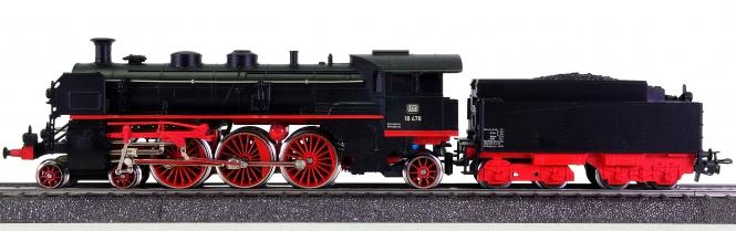 Märklin 3093 – Schlepptender-Dampflok BR 18.4 der DB, digital (MM, DCC)