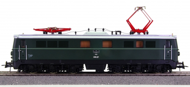 Roco 04198A – Mehrzweck-Elektrolok BR 1110 der ÖBB