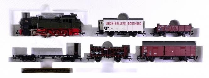 Fleischmann 1893 (AC) – Preußischer Güterzug der K.P.E.V., mit BR T16 (BR 94)