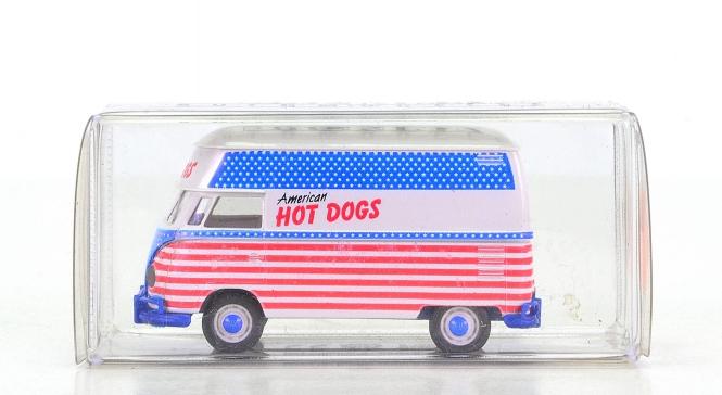 "Brekina 32602 - VW T1 Hochdach ""American Hot Dogs"""