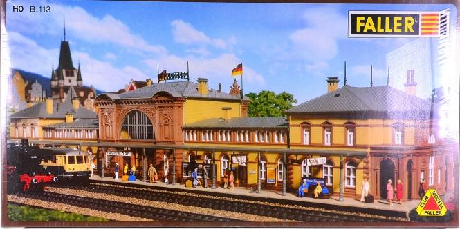 Faller B-113 (H0) – Bausatz Bahnhof Bonn