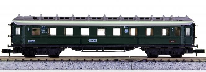 Arnold 3390 – Schnellzugwagen 3.Kl. der DRG