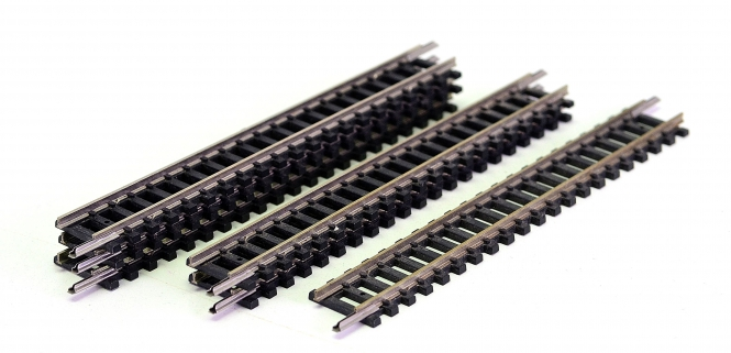 Minitrix 14904 – 6 gerade Gleise, Länge je Gleis 104,2 mm