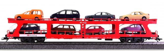 Märklin 42341 – Reisezug-Autotransportwagen DDm 915 der DB AG