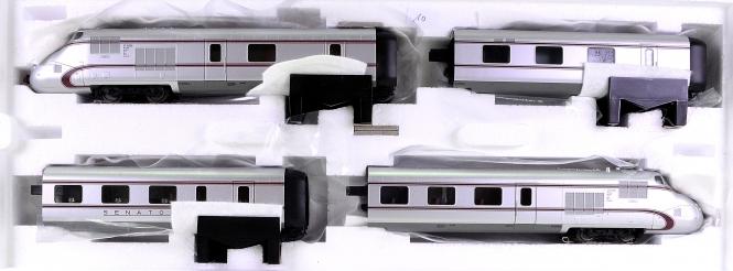 Märklin 39100 – Dieseltriebzug Senator VT 10.5 der DB, mfx +Sound