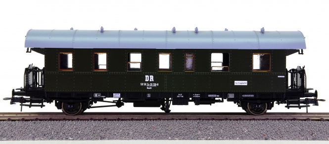Roco 44997 – 2. Klasse Nahverkehrswagen Baaitr der (D)DR