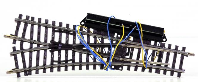 Märklin 2262 – K-Gleis elektrische Weiche links