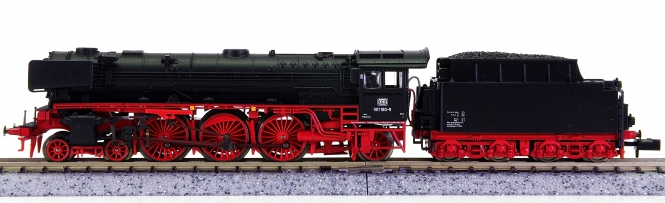 Minitrix 12427 – Schlepptender-Dampflok BR 001 der DB