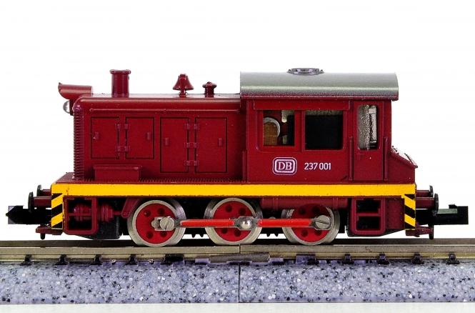 Roco 2151 (N) – Rangier-/Werks-Diesellok BR 237 der DB