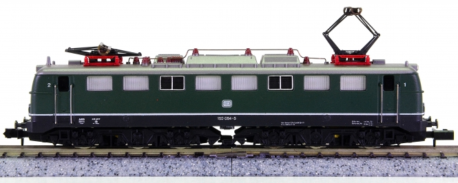 Arnold 2355 – Güterzug-Elektrolok BR 150 der DB