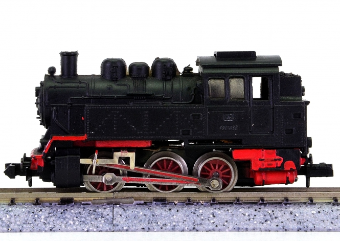 Arnold 0225 – Rangier-Tender-Dampflok BR 80 der DB