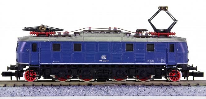 Arnold 2455 – Schnellzug-Elektrolok BR 118 der DB
