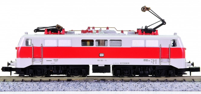 Arnold 2326 – Elektrolok BR 111 der DB