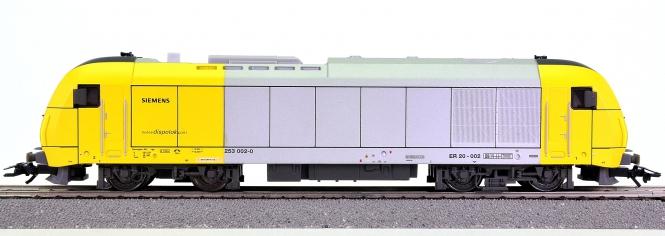 Trix 22087 – Mehrzweck-Diesellok BR 253 der dispolok.com, digital (DCC)