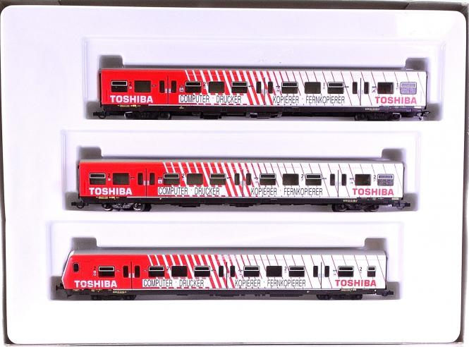 """Roco 44020 – 3-tlg. S-Bahnwagen-Set """"Toshiba"""" der DB, digital"""