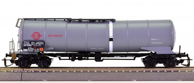 P.L. Modell 33 151 (TT) – Kesselwagen der EMEWA GmbH, eing. bei der DB