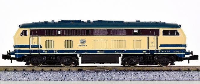 Roco 02150B (N) – Mehrzweck-Diesellok BR 215 der DB
