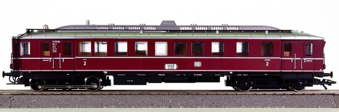 Trix 52 2468 00 – Dieseltriebwagen VT62.9 der DB, mit Innenbeleuchtung