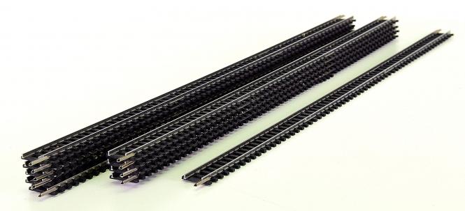 Minitrix 14902 – 10 gerade Gleise, Länge je Gleis 312,6 mm, silberfarben