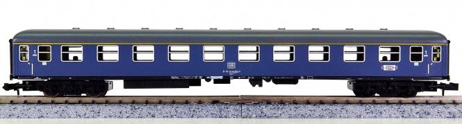 Minitrix 51 3080 00 – Schnellzugwagen 1. Kl. der DB