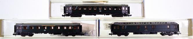 Roco 2256,2258,2260 (N) – 3-teiliges Hecht-Schnellzugwagen-Set der DB