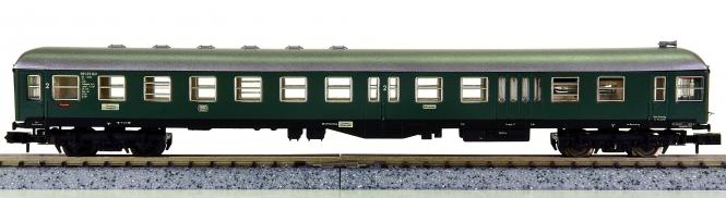 Arnold 0153-0 – Steuerwagen 2.Kl. mit Gepäckabteil der DB, mit Spitzensignal